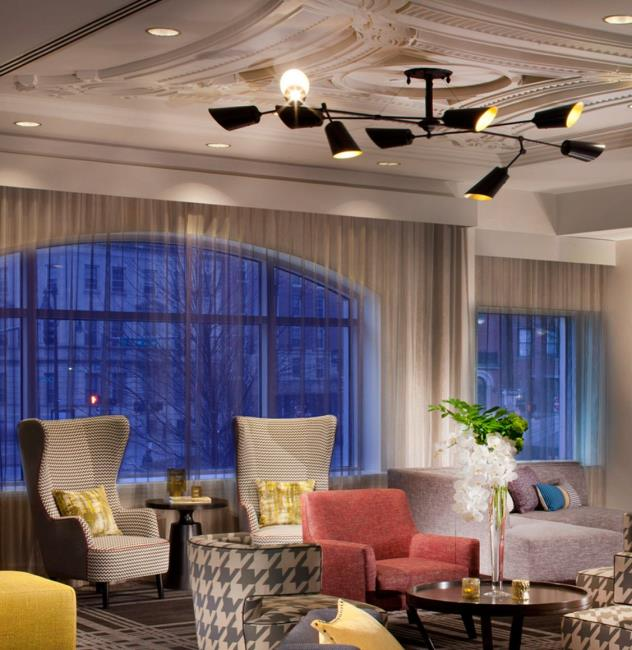Commonwealth Lounge